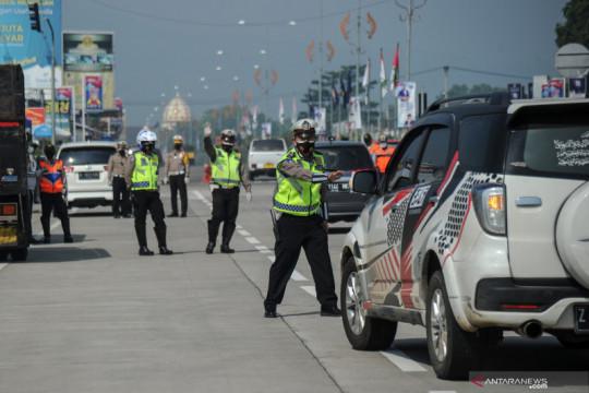 Polisi sosialisasi PPKM Darurat hulu ke hilir kurangi mobilitas warga