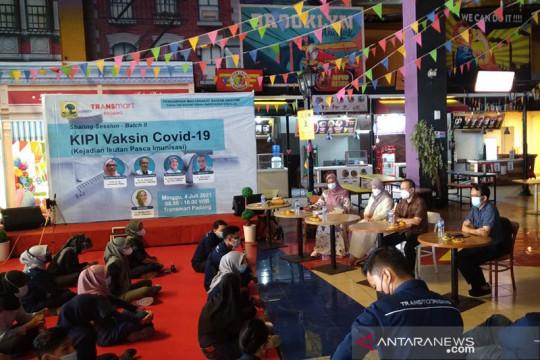 FK Unand edukasi masyarakat seputar vaksin COVID-19 di mall