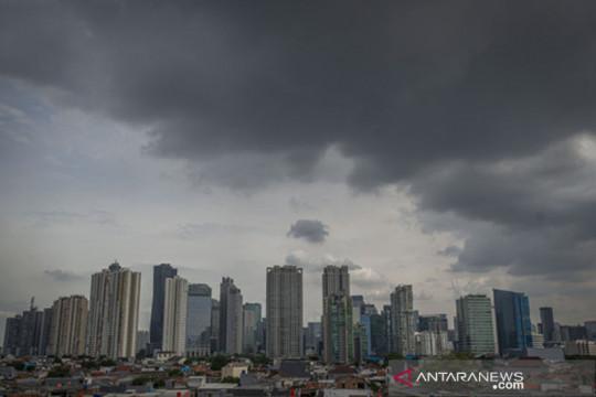Cuaca Jakarta Selasa waspadai hujan disertai petir