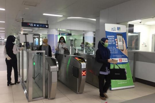 PPKM Darurat, penumpang TransJakarta-MRT landai saat jam kerja