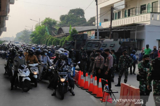 Pangdam Jaya geram karena banyak perusahaan tak patuhi PPKM Darurat