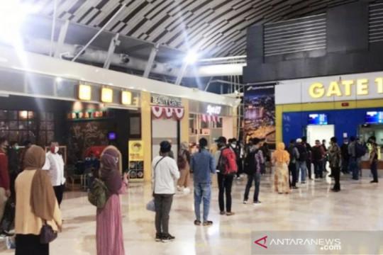 Pintu masuk Bandara Hasanuddin Makassar diperketat