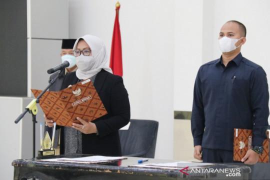 Bupati Bogor lantik dua kepala dinas secara virtual
