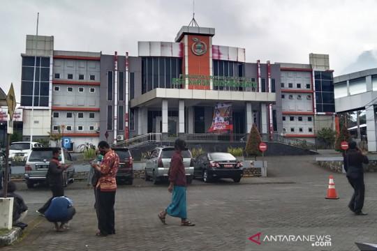 Rumah sakit rujukan penanganan COVID-19 di Kota Batu penuh