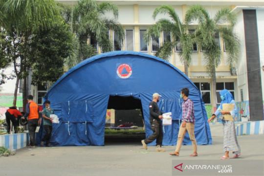 RSUD Situbondo dirikan tenda darurat, antisipasi lonjakan COVID-19