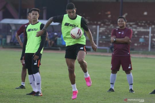 Pelatih Persik: Kondisi Tinga masih 60 persen jelang lawan PSM