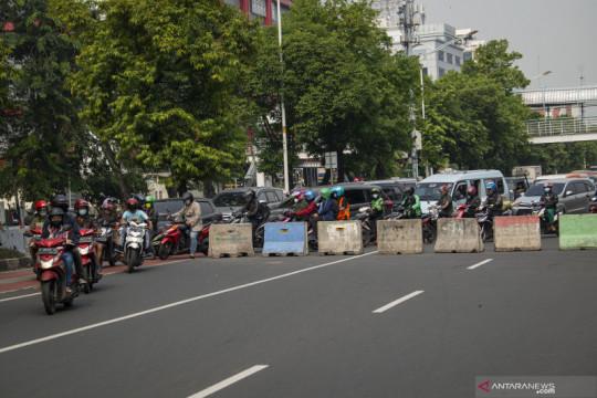 Lokasi penyekatan PPKM Darurat di Jakarta bertambah jadi 72 titik