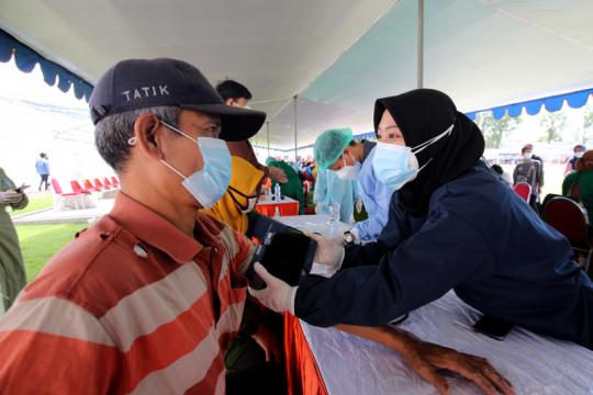 Pendaftar vaksinasi usia 18 tahun di Surabaya capai 180 ribu orang