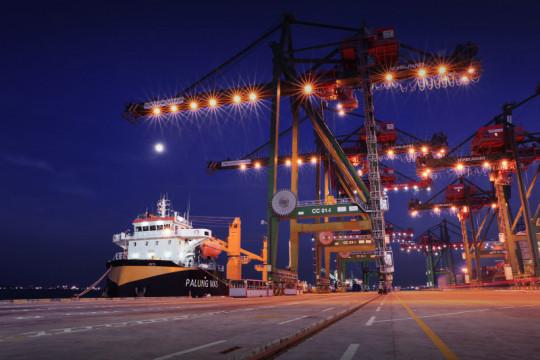 Pelindo III jamin kelancaran logistik di pelabuhan meski PPKM