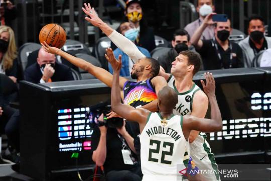 Chris Paul bantu Suns raih kemenangan pada laga pembuka Final NBA