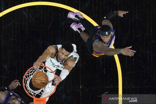 Main di Final NBA, Giannis akui sempat khawatir akan absen satu tahun