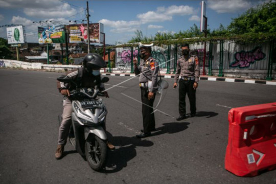 Biro perjalanan diingatkan patuhi PPKM, jangan maksa masuk Yogyakarta