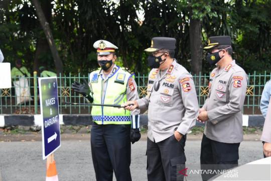 Kakorlantas: Antrean di pos penyekatan Depok-Jakarta mulai terkendali