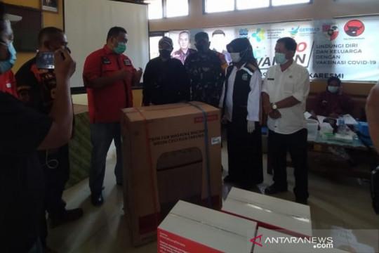 Anggota DPRD Garut hadiahi mesin cuci bagi warga divaksin COVID-19