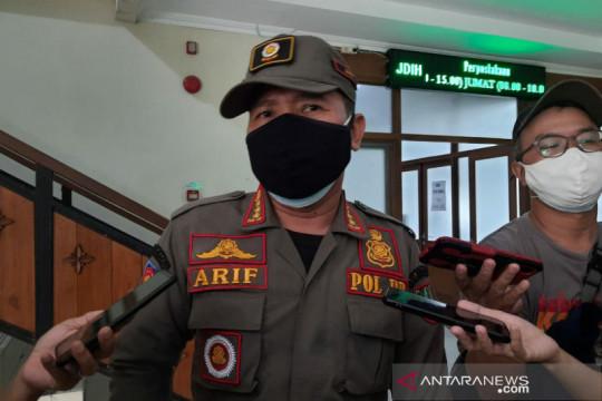 Satpol PP Surakarta keluarkan 187 surat peringatan buat pelaku usaha