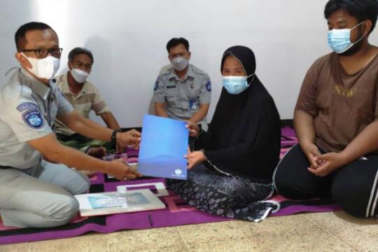 PT Jasa Raharja serahkan santunan korban tenggelam KMP Yunicee