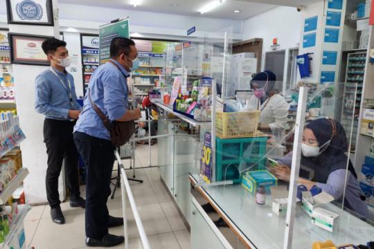 KPPU Makassar temukan apotek jual obat COVID-19 di atas HET