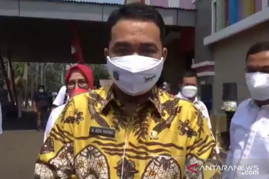 Wagub Riza apresiasi Kadin DKI salurkan bantuan tabung oksigen medis