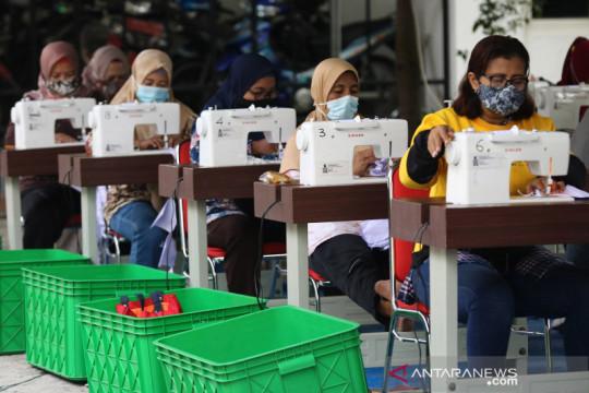 Pemkot Surabaya berdayakan UMKM produksi masker
