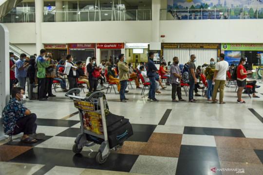 Bandara AP II telah layani vaksinasi 15.802 penumpang pesawat