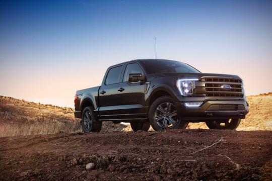 Ford beri hadiah untuk konsumen yang sabar menunggu inden F-Series