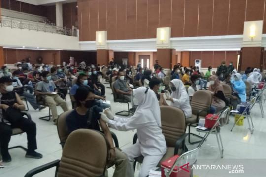 7.000 warga ikut serbuan vaksinasi Kodim 0509 Bekasi