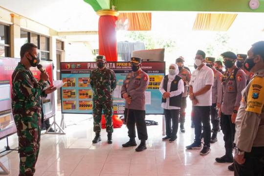 Panglima TNI-Kapolri tinjau posko PPKM darurat Sawotratap Sidoarjo