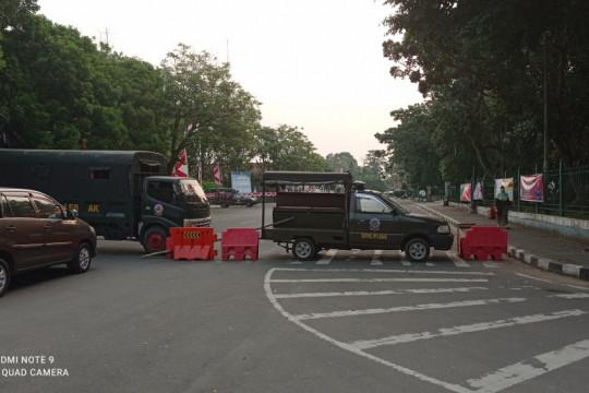 Pasar dan Alun-alun Rangkasbitung ditutup cegah kerumunan