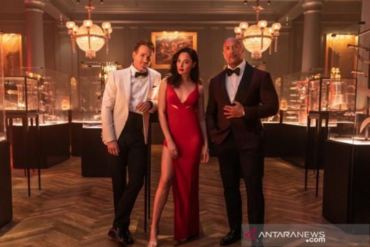 "Dwayne Johnson, Gal Gadot dan Ryan Reynolds bersatu dalam ""Red Notice"""