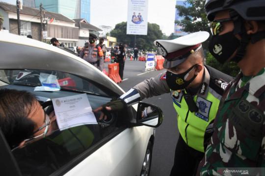 DKI kemarin, kewajiban STRP hingga bansos PPKM Darurat