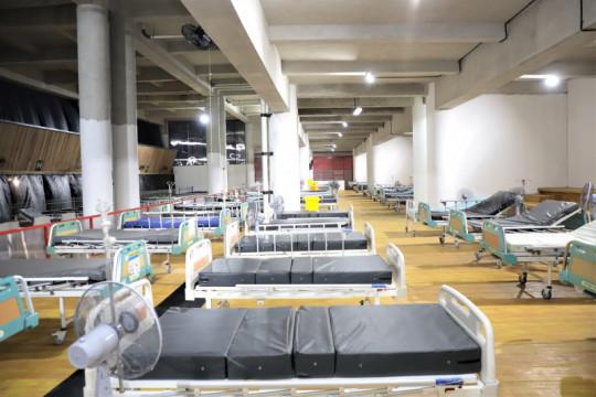 RSLT Surabaya belum bisa dipakai karena masih tunggu tabung oksigen