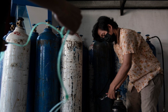 Warga Palembang diminta tidak panik terkait kelangkaan oksigen di Jawa