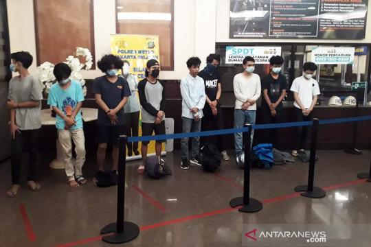 Polres Jaksel tangkap remaja yang terlibat balap liar di Cilandak