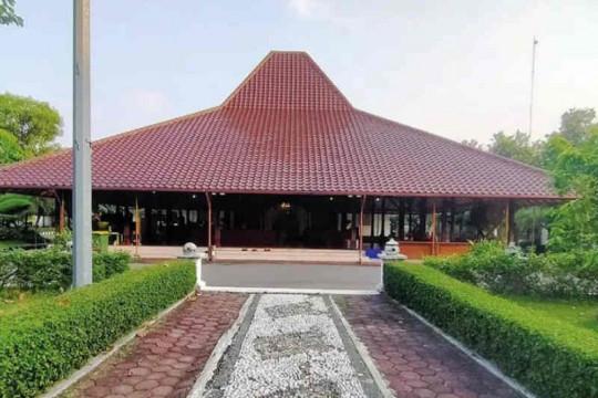 Delapan pegawai positif COVID-19, Pendopo Bupati Cirebon ditutup