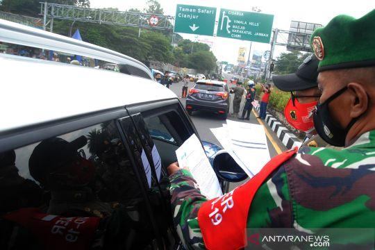 Pengetatan jalur wisata Puncak Bogor saat PPKM Darurat