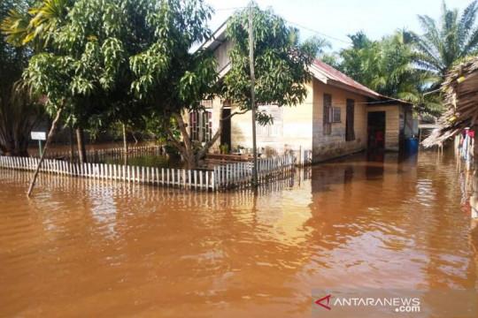 479 jiwa warga di Aceh Barat masih terkurung banjir