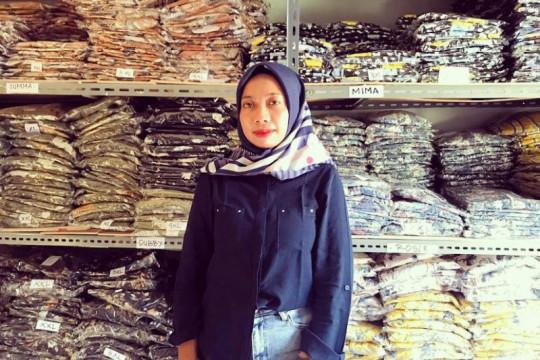 Rajin ikut pelatihan daring, pebisnis toko busana muslim majukan usaha