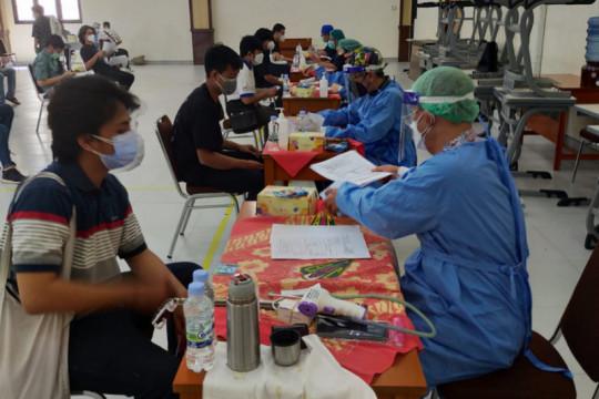 SMA Kolese De Britto Yogyakarta selenggarakan vaksin kepada siswa