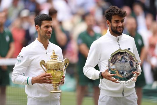 Berrettini yakin suatu saat ia angkat trofi juara Wimbledon