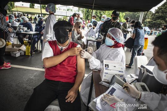 Wagub: Vaksinasi Jakarta bisa di atas 100 ribu dosis per hari