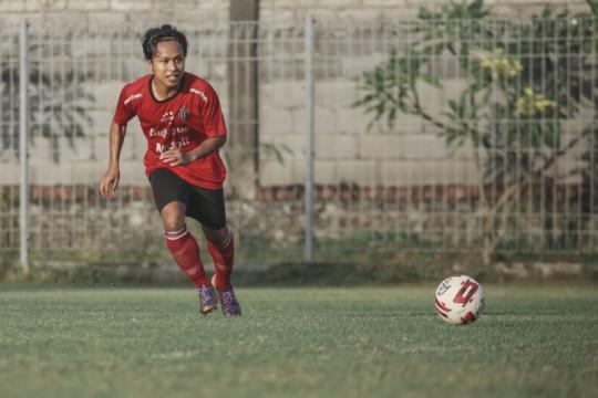 Pemain Bali United Fahmi lihat sisi positif penundaan Liga 1 2021