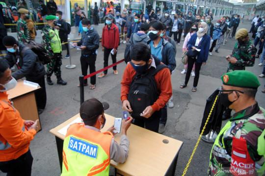 Pemberlakuan Surat Tanda Registrasi Pekerja di Stasiun Bogor