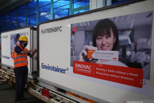 Sebanyak 10 juta dosis bahan baku vaksin COVID-19 Sinovac kembali tiba di Indonesia