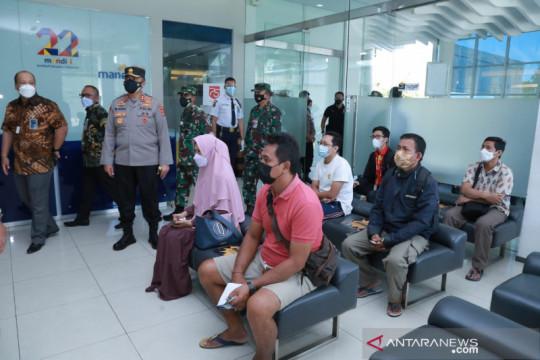 Kapolda NTB pantau pelaksanaan hari pertama PPKM darurat di Mataram