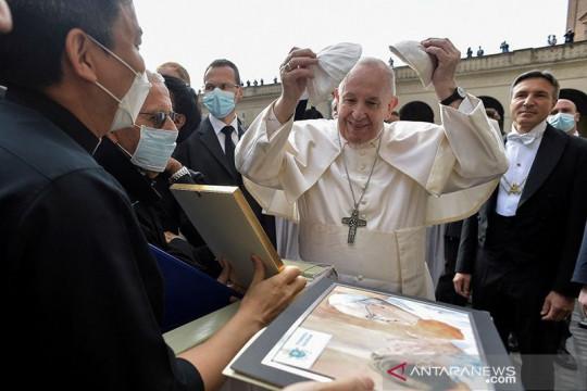 Paus Fransiskus: Vaksin COVID demi kebaikan semua orang