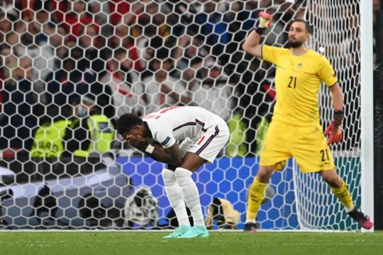 Italia dan Inggris dominasi 11 terbaik Euro 2020