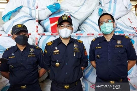 Bea Cukai menerima limpahan 783 balpres tangkapan Polres Labuhan Batu