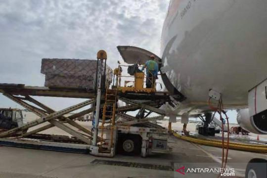 1.500 oxygen concentrators dari Shanghai dikirim ke Indonesia