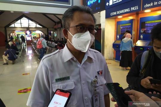 Penumpang KA lokal Bandung Raya turun 90 persen saat PPKM darurat