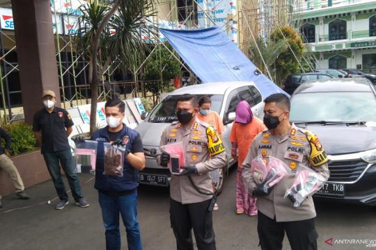 Kriminal kemarin, penimbunan obat hingga Jerinx dilaporkan ke polisi